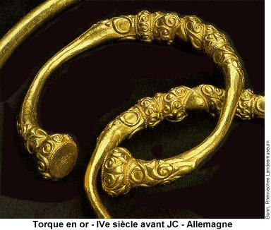 Connu Torques - 299 - L'encyclopédie - L'Arbre Celtique HJ25